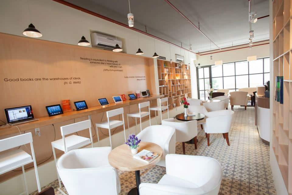 FYI Bookcafe 2