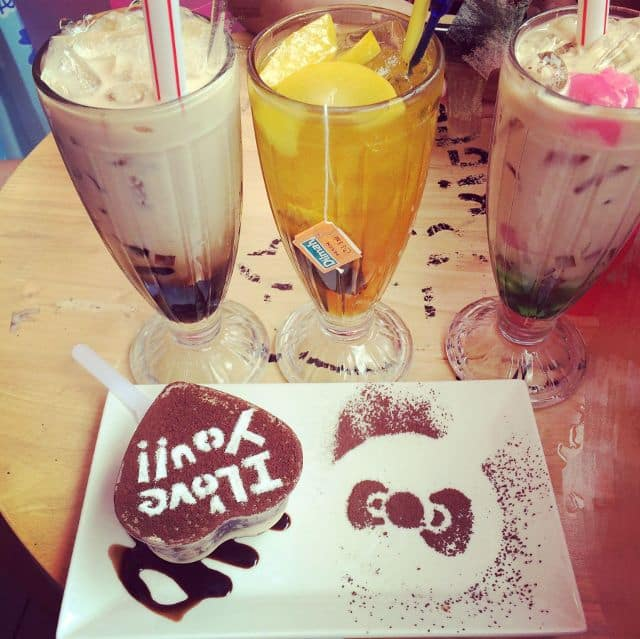 Hello Kitty Cafe su van hanh 4