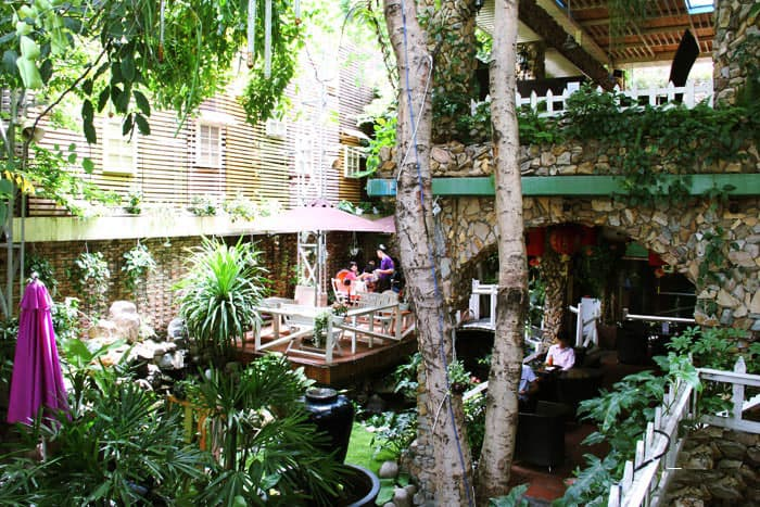 chuong gio cafe nguyen dinh chinh 8