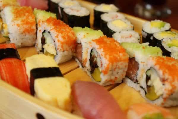 nha hang haha sushi 2