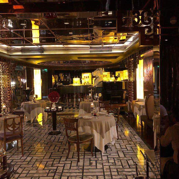 r j italian lounge restaurant cuoi tuan cua tui 11