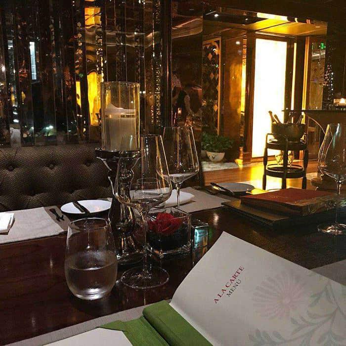 r j italian lounge restaurant cuoi tuan cua tui 6