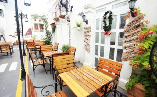 Cafe-Boulevard-1