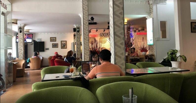 Cafe Boulevard 3