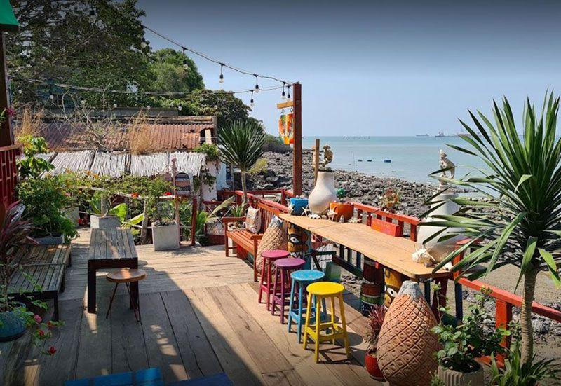 Beach Stop Lounge Cafe 1