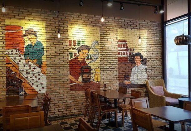 Highlands Coffee Saigon Trade