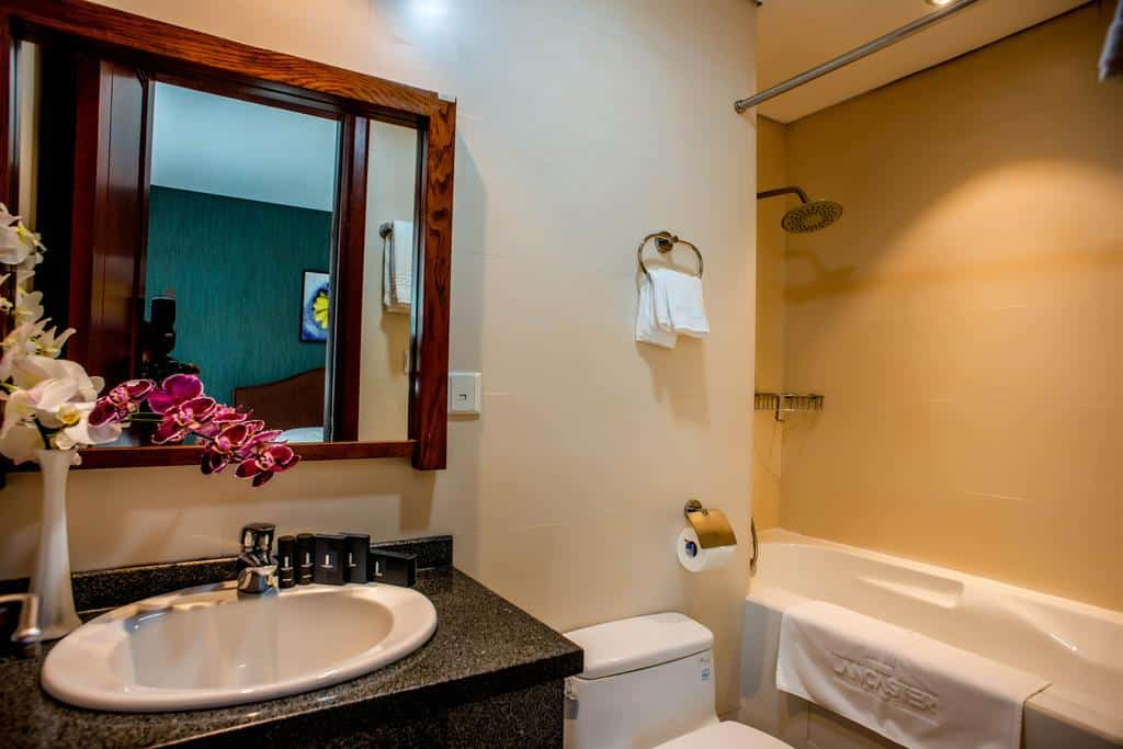 Khach san Lancaster Serviced Apartments 8