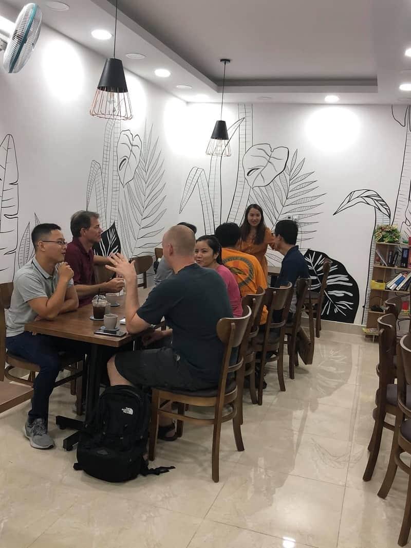 Mingles Coffee and Talk 7
