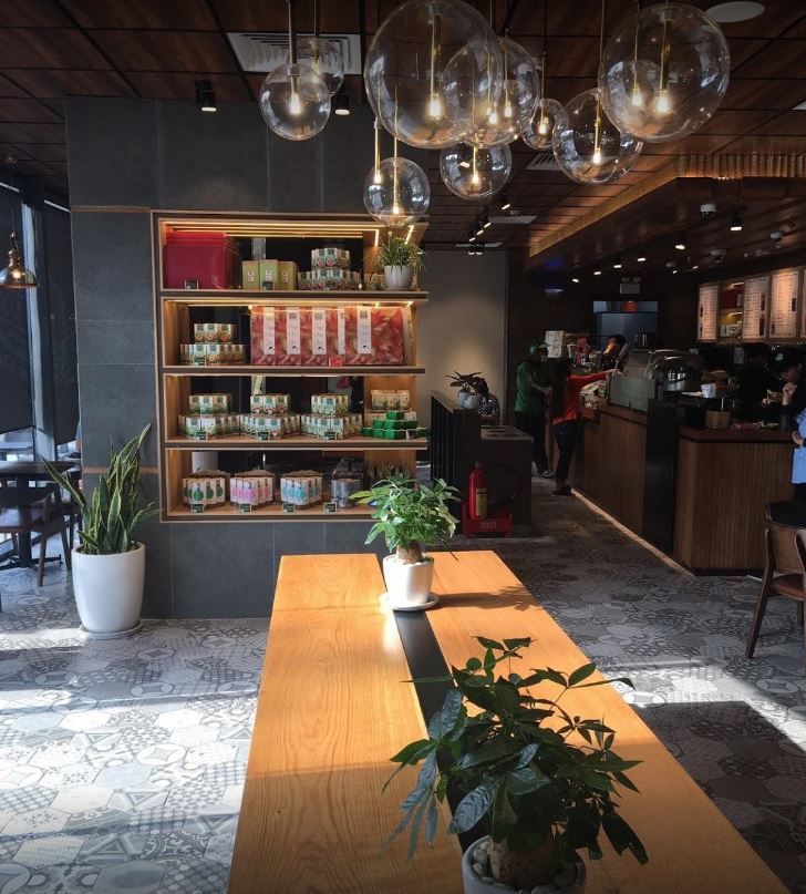 Phuc Long Coffee Tea Express dinh tien hoang 3