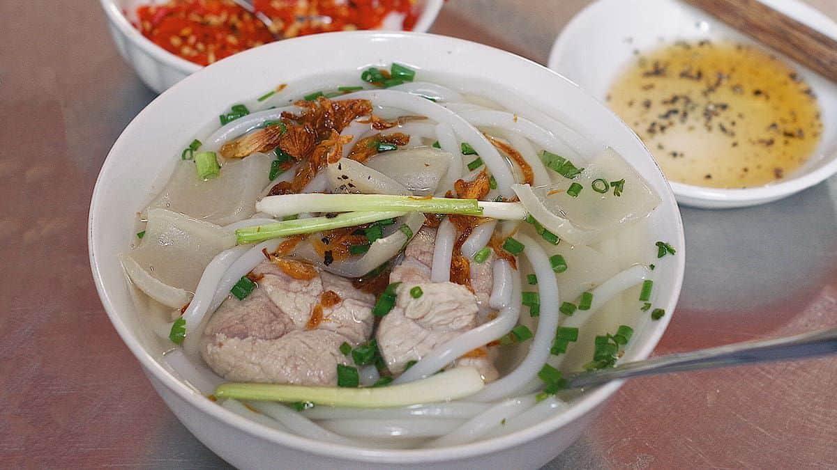 Quan banh canh ngon o Nha Trang