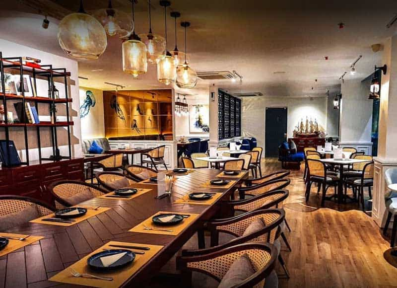 Sangrimars Cafe Lounge quan 7 1
