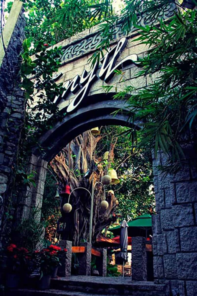 The Myth Cafe Dien Bien Phu 8