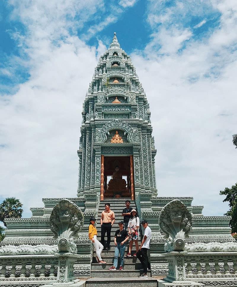 Wat Pătum Wongsa Som Rông 1