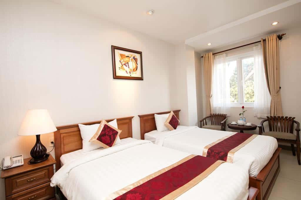 White Lion Hotel 2