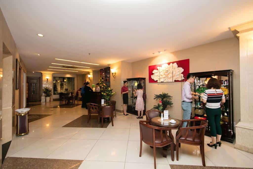 White Lion Hotel 7