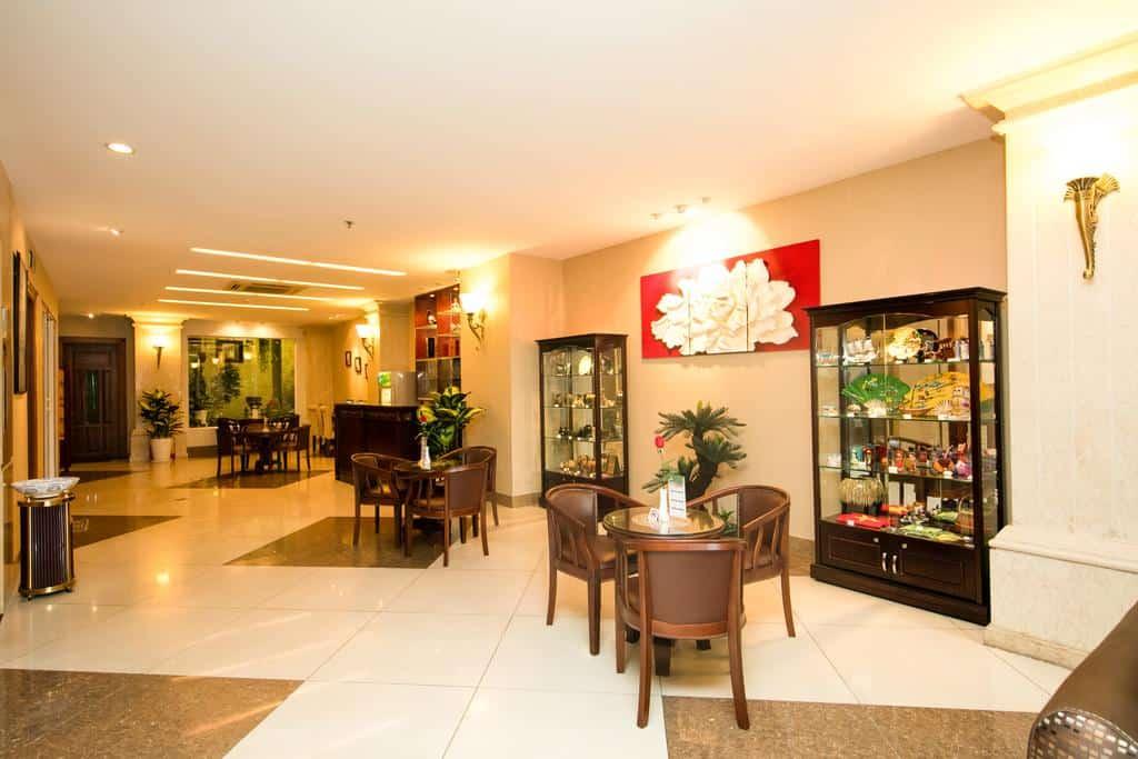 White Lion Hotel 8
