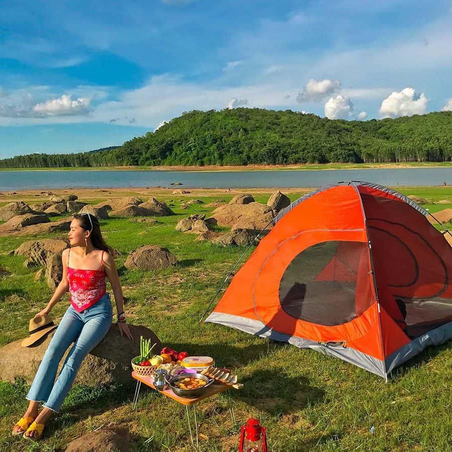 cắm trại tại Hồ Dầu Tiếng