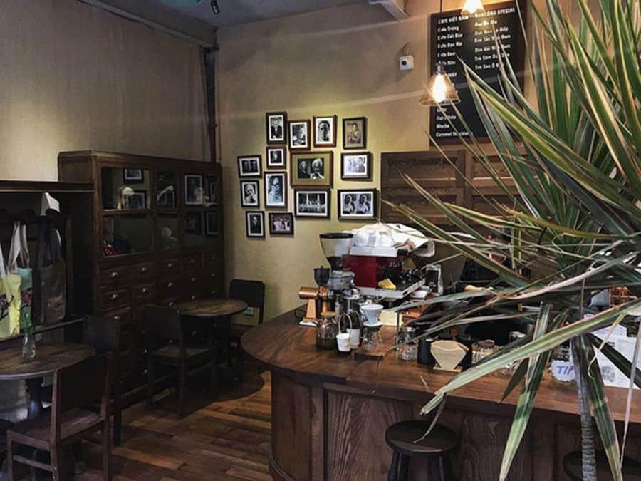ban cong cafe 1