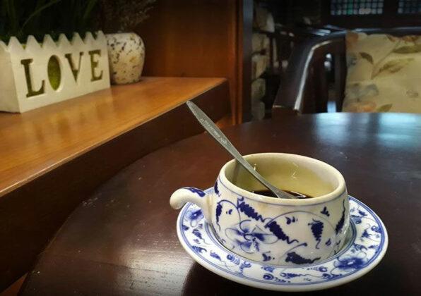 cafe khong gian xua nguyen thai binh 1