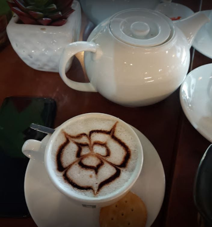 cafe thu gian quan 4