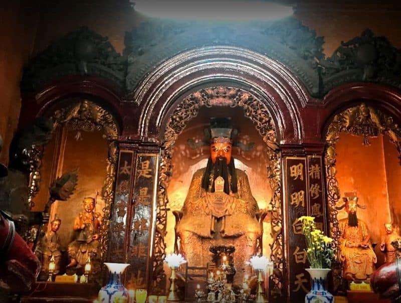 Chùa Ngọc Hoàng chùa cầu duyên Sài Gòn