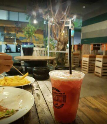 container kafe tran khac chan 4