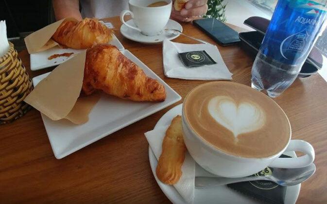 kai coffee shop nguyen thai binh 4