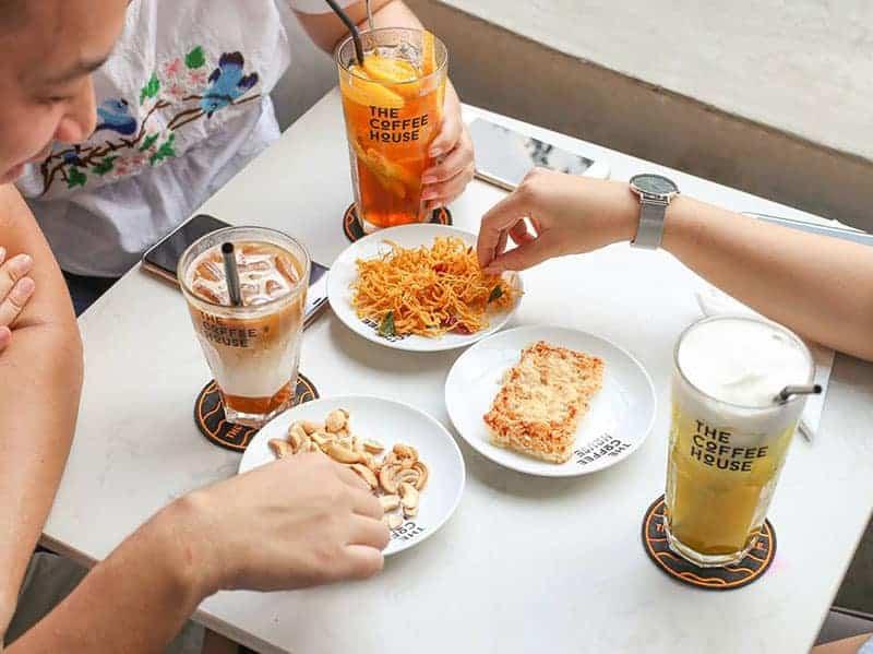 khong gian the coffee house dien bien phu 4