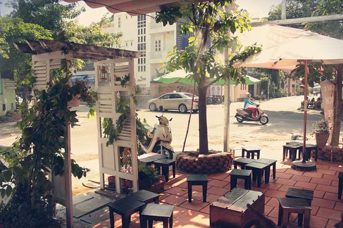 khong ten cafe hoa phuong 2