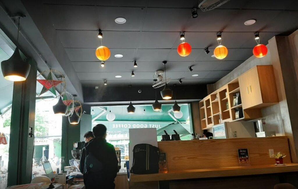 laha cafe 1