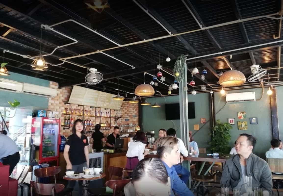 moon cafe bach dang 1
