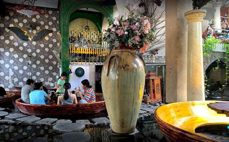 oasis cafe 3
