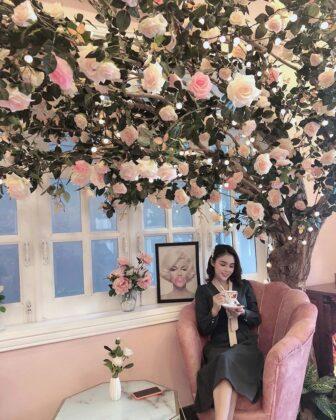 pink blink blink coffee tea house 4
