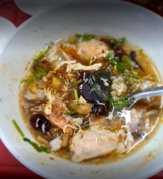 Súp Cua Bong Bóng Cá Cô Lan - Top 10 quán ăn vặt quận 5