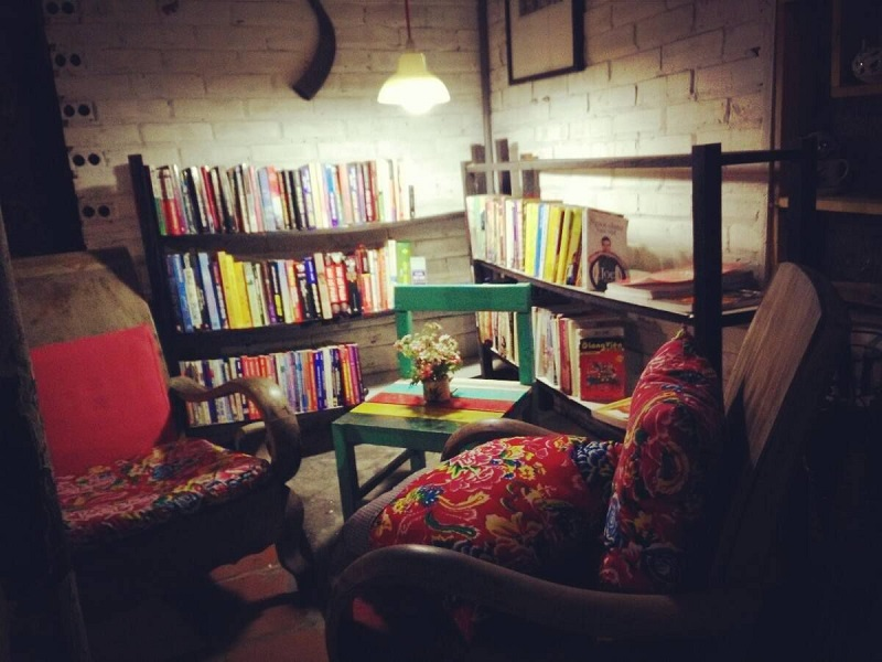 the booklink cafe sach ha noi 3
