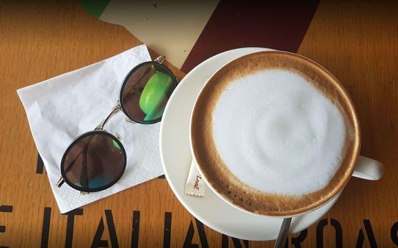 the coffee bean tea leaf 2